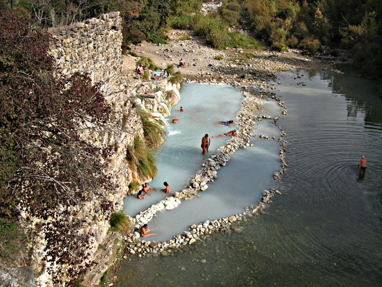 Terme di Petriolo Photo | Bagni di Petriolo - Tuscany Pictures ...