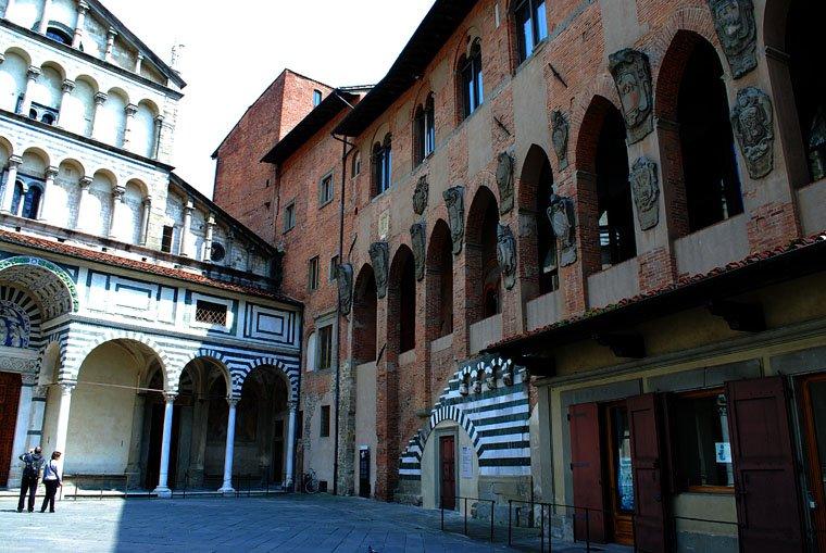 Pistoia Photo | Pistoia - Tuscany Pictures & Photos